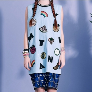 SMILE FRUITS SLEEVELESS TOP (DENIM)