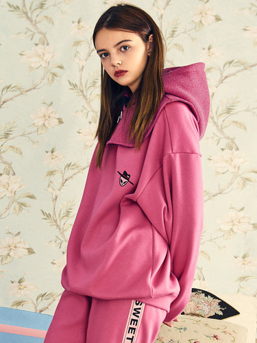 VVV PINK ICON SWEATSHIRT