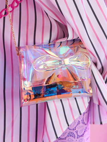 VVV PINK HOLOGRAM PVC RIBBON CROSS BAG