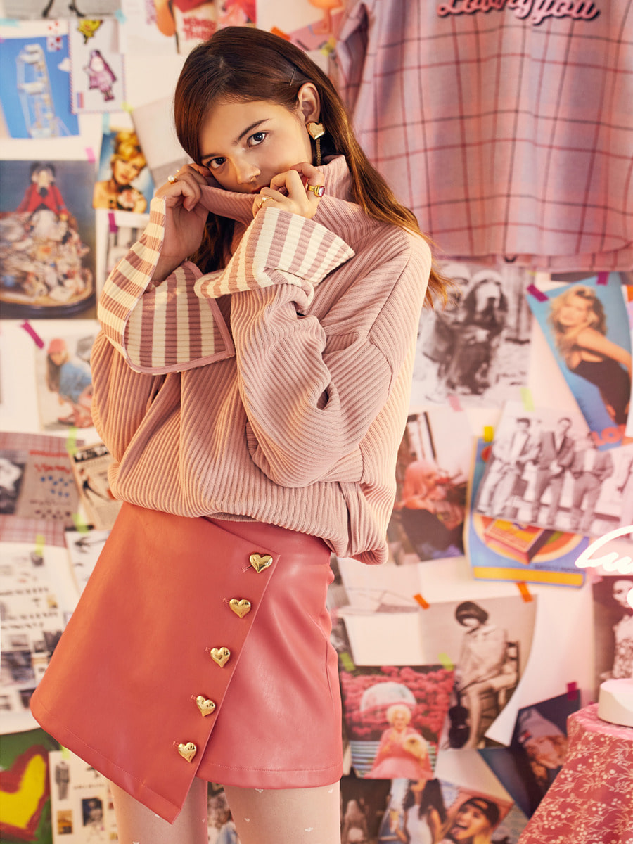 VVV PINK HEART BUTTON SKIRT