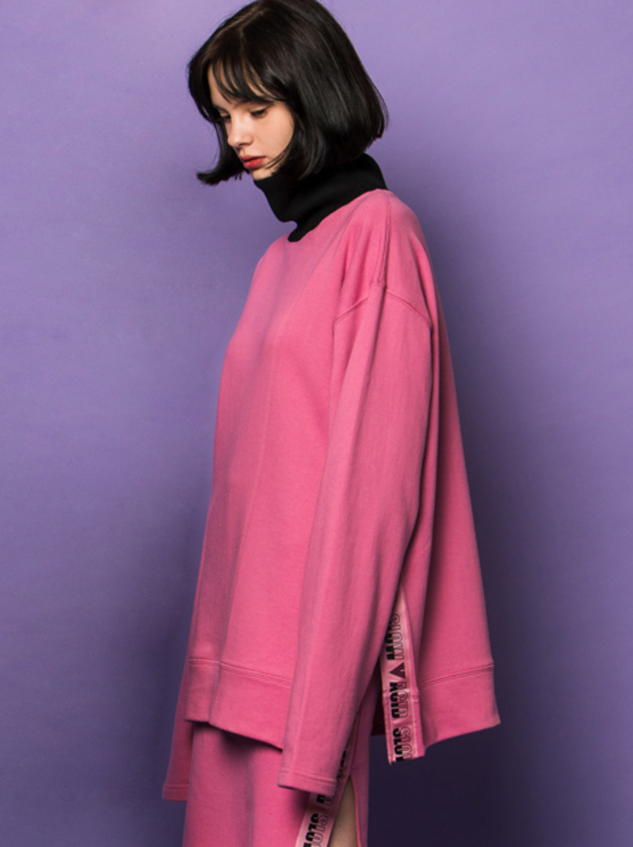 SLOWACID X VVV / PINK VENT TAPE TURTLENECK SWEATSHIRT